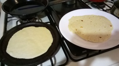 Learning to make tortillas